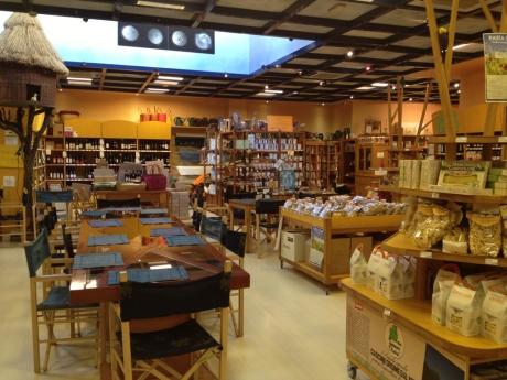 centro botanico @ organic food shop & canteen in milan | this ...