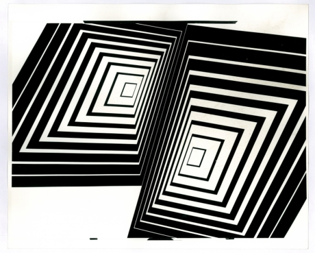 Tensione nei quadrati, 1965, tempera by Franco Grignani